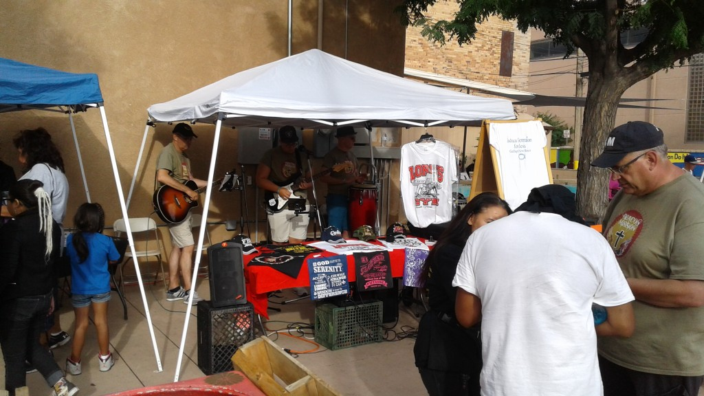 Beacon at Flea Market (2)